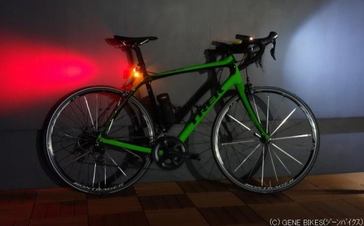 明るい前後ライトでご安全に!自転車通勤の方必見です